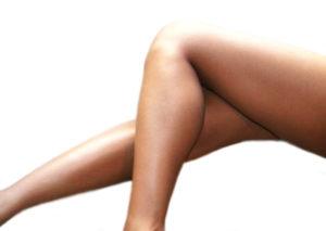 El cansancio y la hinchazón de las piernas pueden ser síntomas de las varices