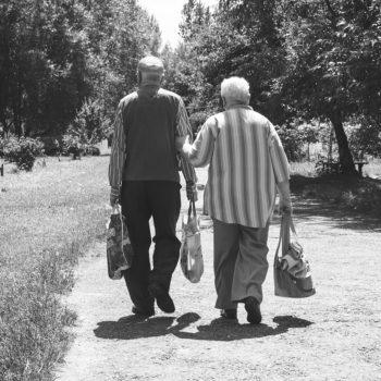Pasear puede ser una buena medida para prevenir el alzhéimer