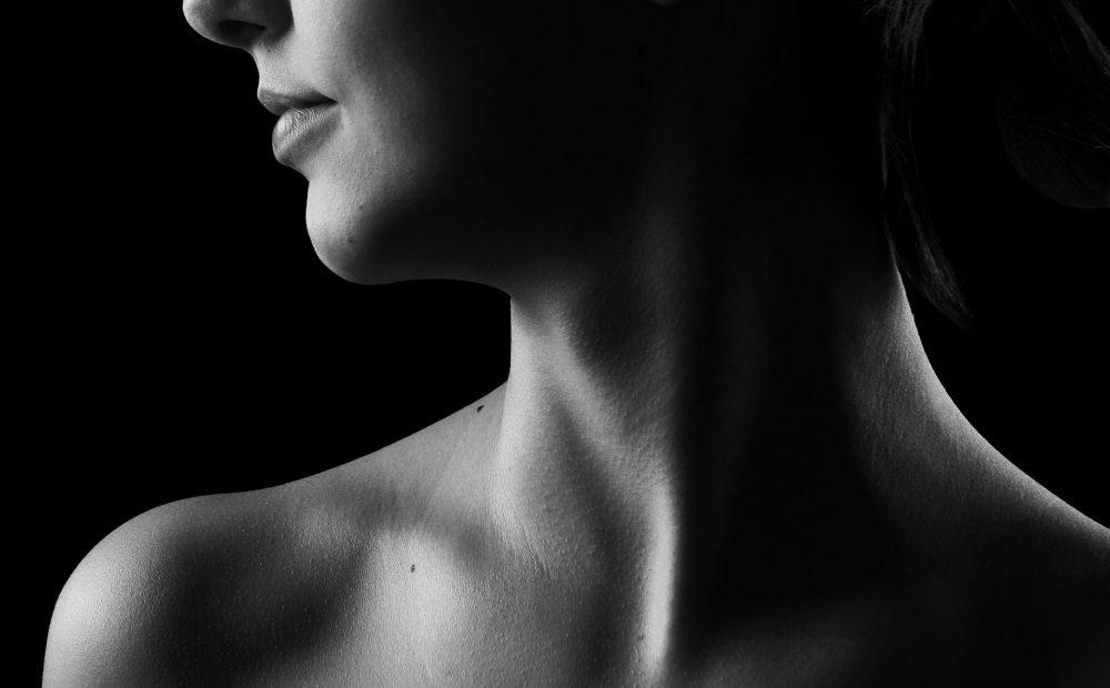 Las amígdalas se sitúan en la parte posterior de la garganta
