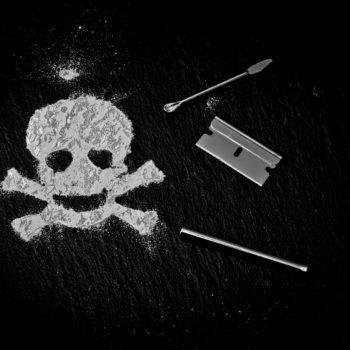 Dejar de consumir cocaína evitará un gran número de riesgos