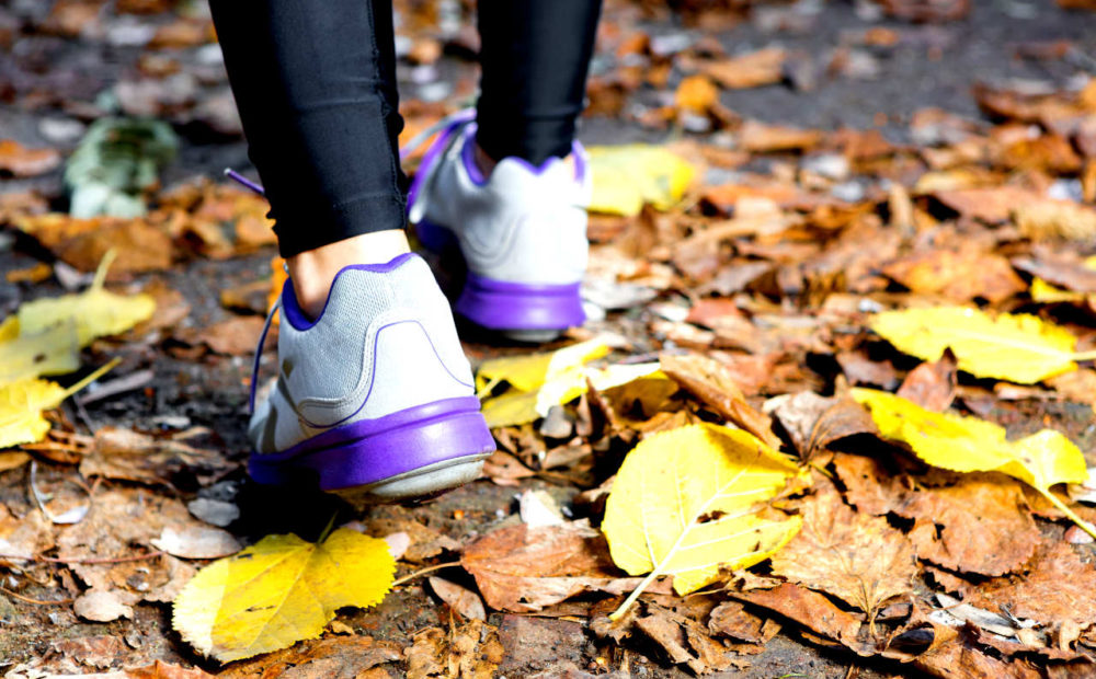 Los síntomas de la bursitis de pie pueden surgir al realizar un esfuerzo físico excesivo.
