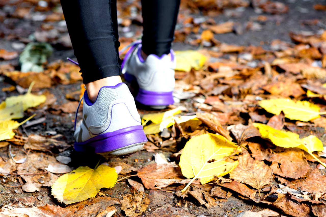 calculos de acido urico causas medicamento natural para la gota exceso de acido urico en los pies