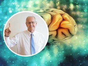 Leer y escribir, así como los juegos de destreza mental, ayudan a prevenir el Alzheimer.
