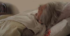 Hay ciertas recomendaciones para los cuidados en casa de los enfermos de Alzheimer.