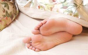 Un adecuado descanso por las noches facilitará la reducción de grasa corporal del paciente.