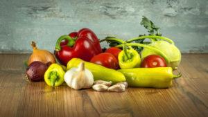 Uno de los consejos básicos para una liposucción es llevar una alimentación equilibrada y saludable.