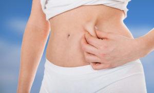 Durante el postoperatorio y recuperación de la liposucción, se debe acudir a las sesiones de curas indicadas.