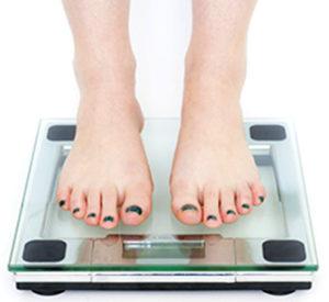 La cirugía de liposucción no sirve para bajar de peso sino para eliminar depósitos de grasa acumulados.