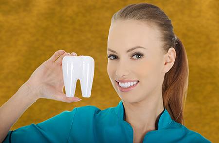 La periodoncia es una de las enfermedades en las encías tratadas con mayor frecuencia por los dentistas en Zaragoza.