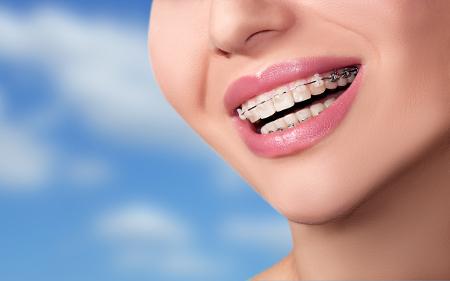 Los dentistas en Málaga cuentan con la formación y experiencia necesarias como para satisfacer las expectativas de todos sus pacientes.