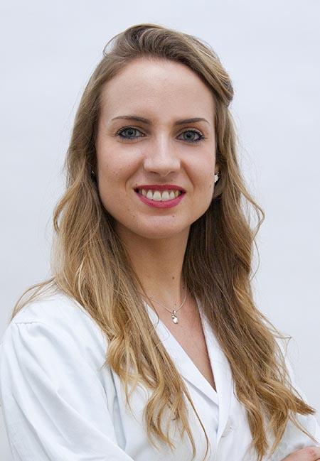 La Dra. Rocío Gilabert, especialista en Cirugía Plástica y Estética.