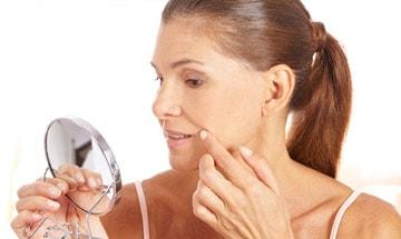 Ácido hialurónico para arrugas profundas de los pómulos en Almería