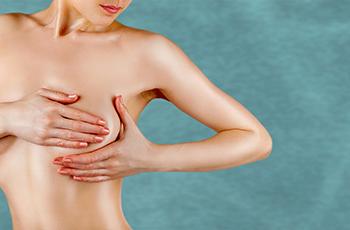 El tener implantes mamarios no impide la realización de mamografías