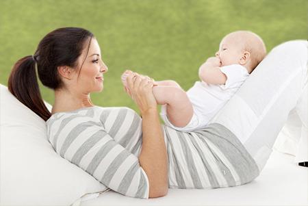 La inseminación artificial se puede realizar con semen de un donante o de la pareja.