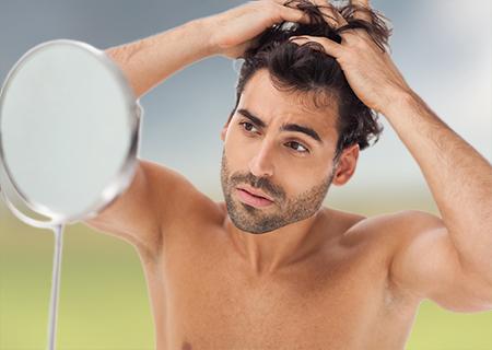 El injerto capilar en Córdoba es permanente, es decir, el cabello trasplantado no se caerá.