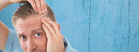 Es posible que, se recomiende al paciente rasurarse la cabeza antes del implante capilar.