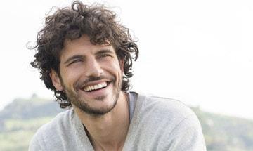 La caída del cabello se puede prevenir con un injerto capilar en Barcelona.