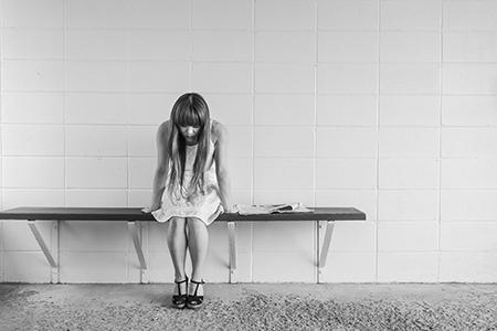 Los problemas de ovulación u hormonales son la principal causa de la infertilidad femenina