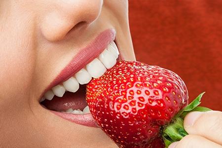 Los defectos en la dentadura pueden deberse a malos hábitos o a factores hereditarios.