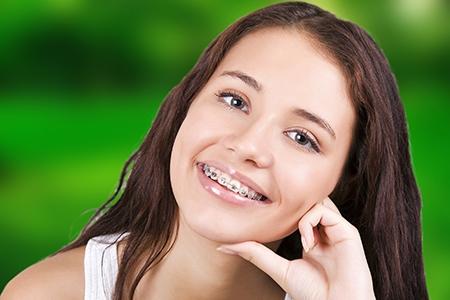 La ortodoncia metálica sigue siendo el tratamiento más aplicado.