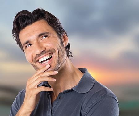 Los adultos prefieren la ortodoncia en Toledo que cuida la estética durante el tratamiento.