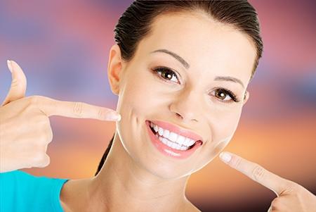 La higiene bucal y el cepillado durante la ortodoncia es fundamental.