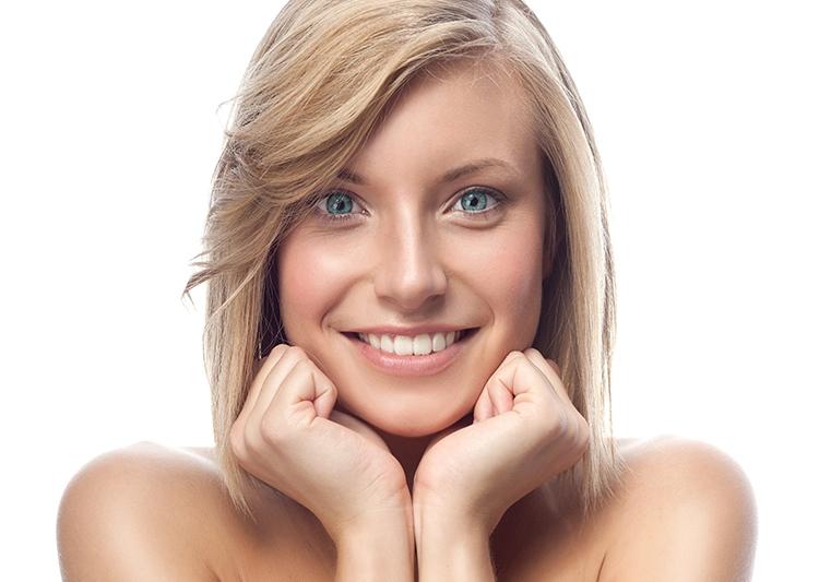 La ortodoncia en Mataró permite corregir la posición de los dientes en niños y adultos.