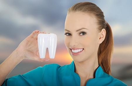 El dentista puede saber si un paciente tiene problemas de malposición dentaria observando la forma de su cara.
