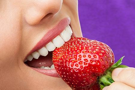 Durante el tratamiento de ortodoncia en Alcorcón, habrá que evitar tomar algunos alimentos.