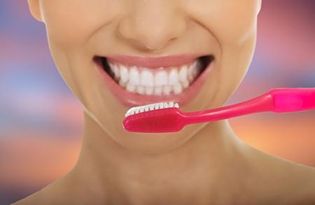 Muchos de los defectos en la posición de los dientes son de carácter hereditario.
