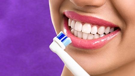 Los dientes después de la ortodoncia en León son mucho más fáciles de limpiar.