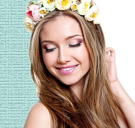 Las pelucas oncológicas en Alicante ofrecen un aspecto muy natural a la persona, especialmente cuando están hechas a medida.