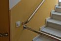 Escalera interior adaptada en una residencia de ancianos en Badajoz