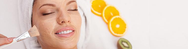 Renovación facial con limpieza profunda en Marbella por 199 €